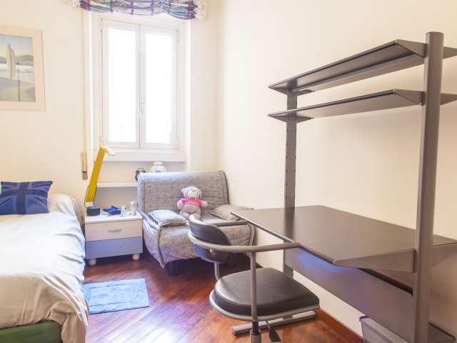 Camera singola in appartamento nel quartiere di Trastevere, Roma