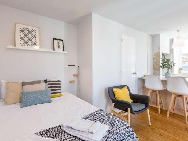Chic studio apartment for rent in Estrela, Lisbon