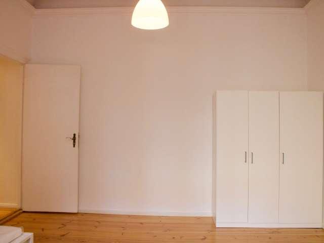 Zimmer zu vermieten in 2-Zimmer-Wohnung in Charlottenburg