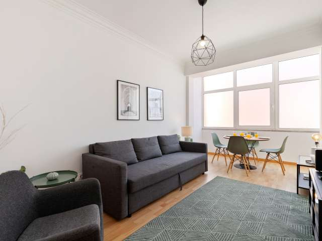 2- bedroom apartment for rent in Estrela and Lapa, Lisbon.