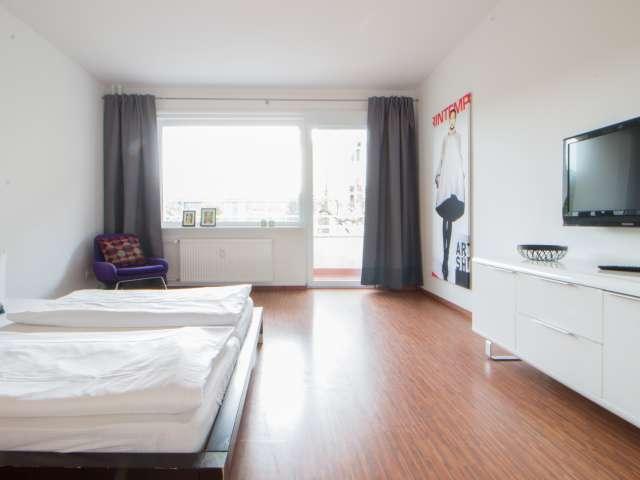 Außenraum in 2-Zimmer-Wohnung in Mitte, Berlin