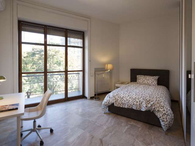 Stunning room for rent in Sempione, Milan
