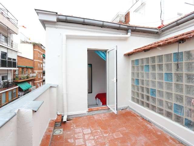 Zimmer in 3-Zimmer-Wohnung, Tetuán, Madrid