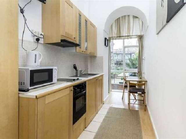 Studio apartment for rent in Kensington & Chelsea, London