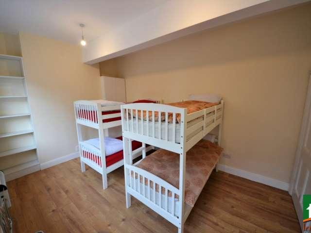 Lits à louer en colocation dans un appartement de 5 chambres à Temple Bar