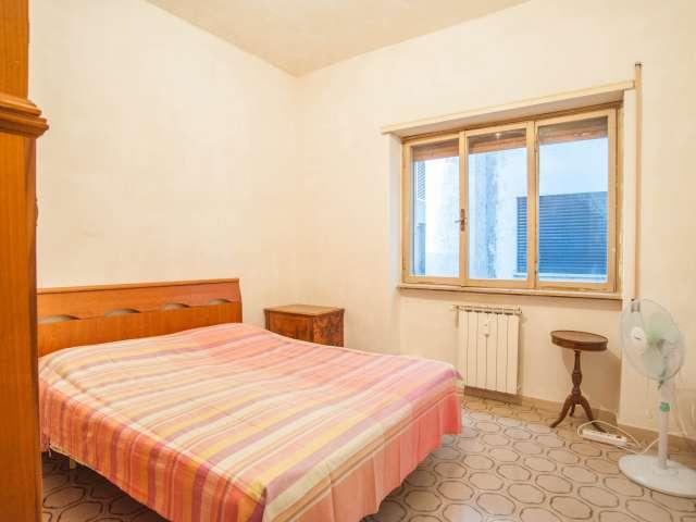 Bright room in apartment in San San Giovanni, Rome