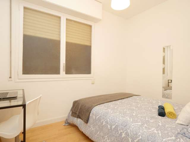 Rooms for rent in 5-bedroom apartment in Poblenou, Barcelona