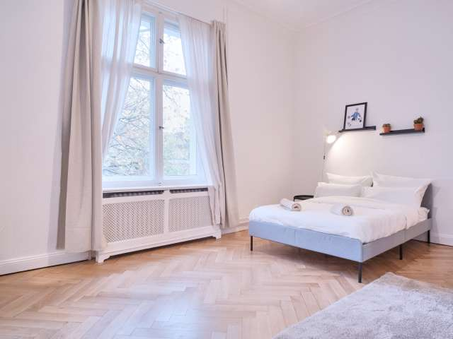 Zimmer zu vermieten in 5-Zimmer-Wohnung in Schöneberg