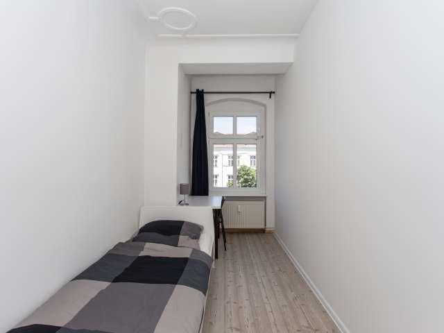 Zimmer zu vermieten in 4-Zimmer-Wohnung in Treptow-Köpenick