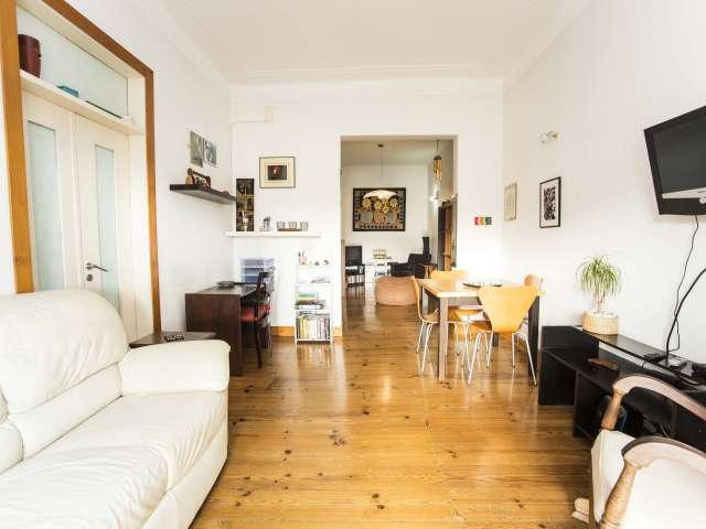 Sunny 2 bedroom apartment for rent in Alcântara, Lisbon.