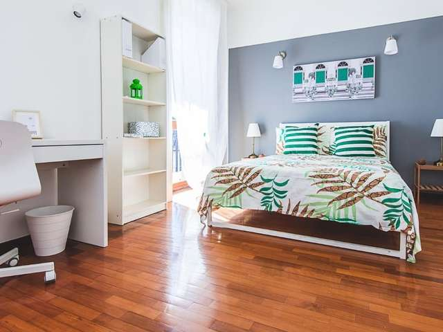 Sleek room for rent in Zona Solari, Milan