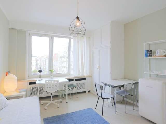Chic studio à louer à Ixelles, Bruxelles