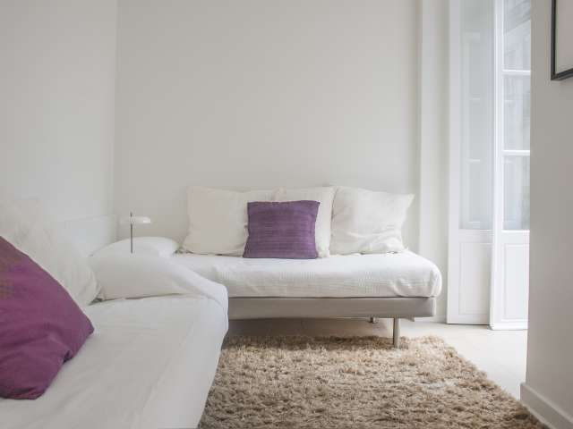 Room for rent in 6-bedroom flat in Rossio e Restauradores