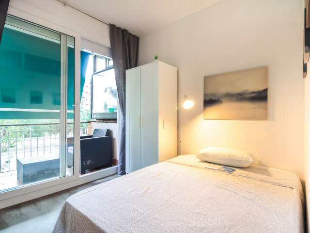 Room for rent in shared apartment in Sant Andreu, Barcelona