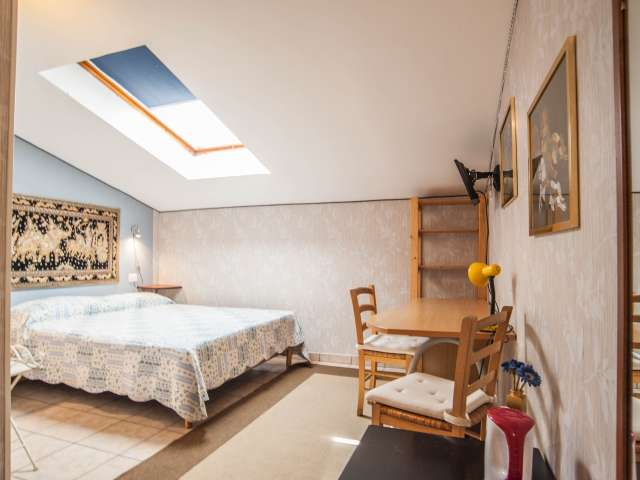 Stylish room for rent in Termini, Rome