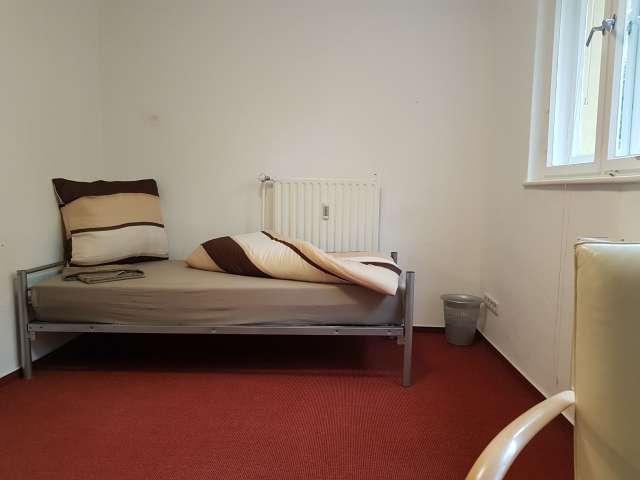 Zimmer zu vermieten in 3-Zimmer-Wohnung in Wilmersdorf