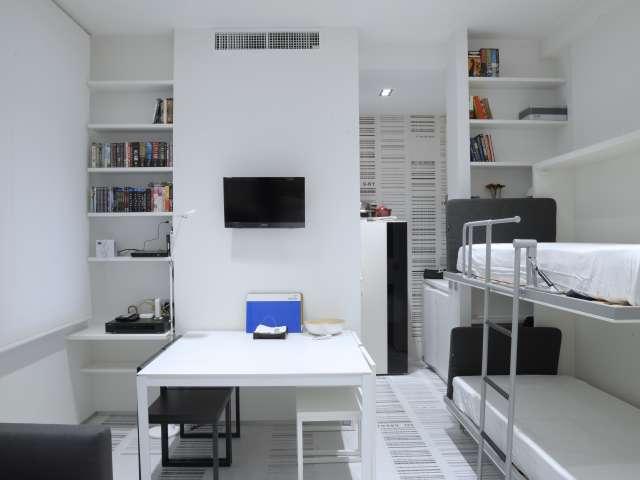 Studio propre à louer à Corso Magenta, Milan