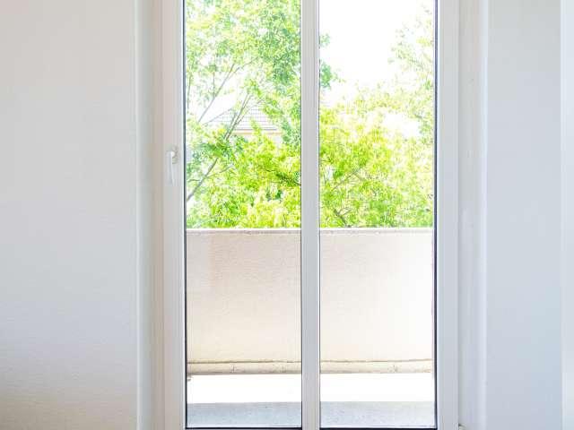 Zimmer zu vermieten in Apartment mit 2 Schlafzimmern in Lichtenberg