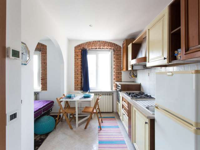 Charming studio apartment for rent in Stadera, Milan