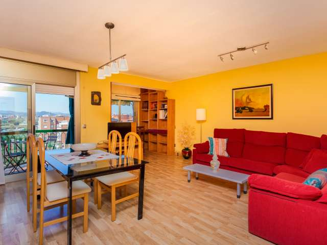Bright, spacious 3-bedroom apartment for rent in Barcelona