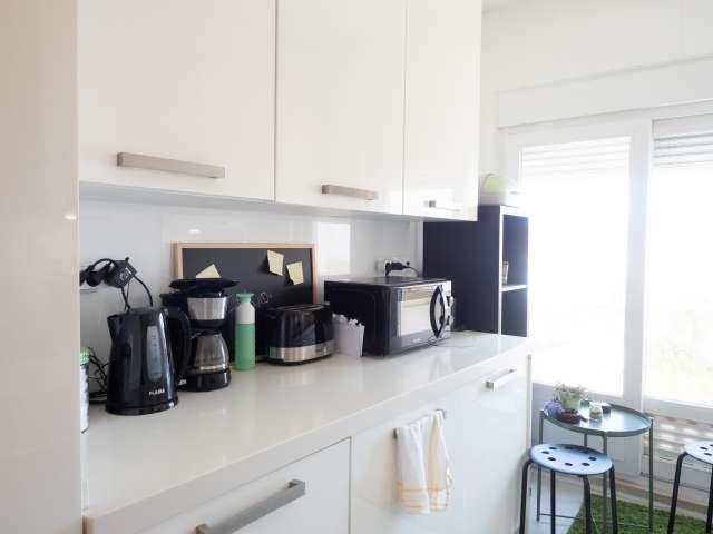 Apartamento moderno de 1 quarto para alugar em Almada, Lisboa