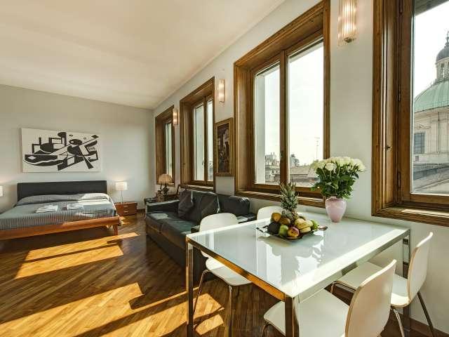 Studio apartment for rent in Duomo, Milan