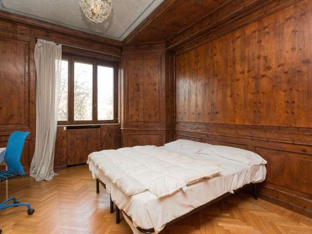 Ampio spazio in affitto a Romolo, Milano