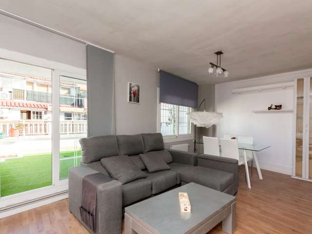 Spacious 5-bedroom apartment for rent in Gràcia