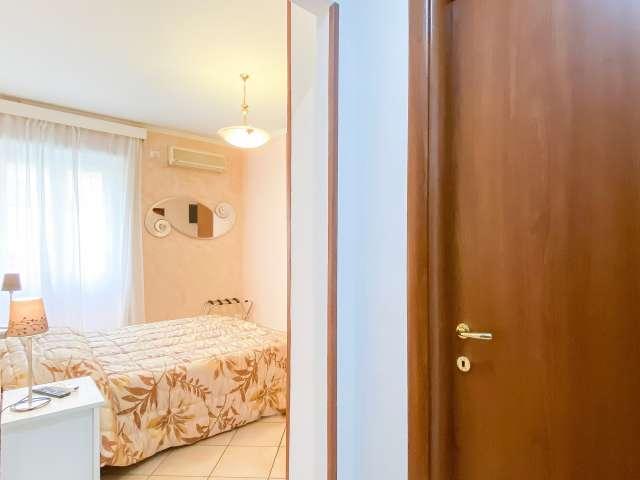 Acogedora habitación en alquiler en apartamento de 3 dormitorios en Ostiense