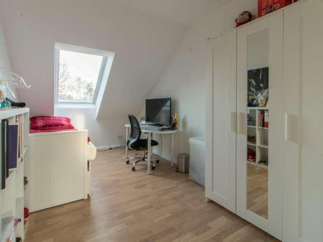 Zimmer zu vermieten in 3-Zimmer-Wohnung in Lankwitz, Berlin
