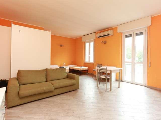 Monolocale in affitto a Morivione, Milano