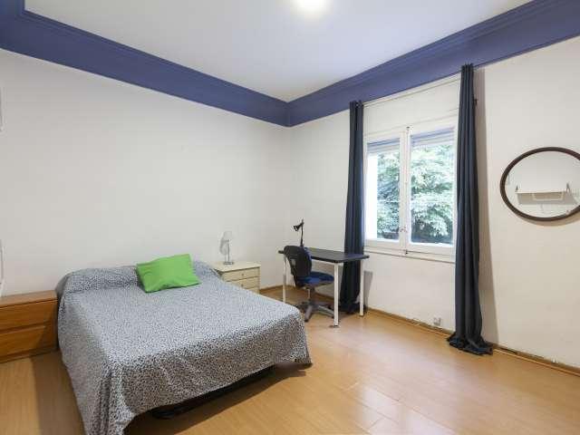 Exterior room in shared apartment in Cuatro Caminos, Madrid