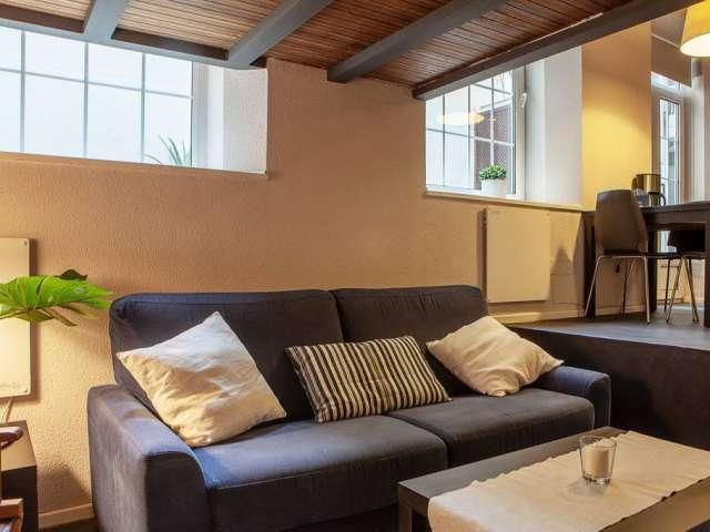 Snug studio for rent in Rios Rosas, Madrid