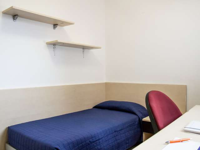Cosy room for rent in residence hall in Gorla, Milan
