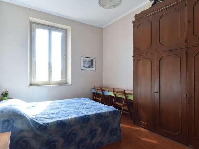 Hermosa habitación en apartamento en Testaccio, Roma
