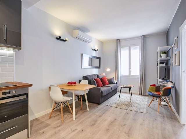 Bright 2-bedroom apartment for rent in Poblenou, Barcelona