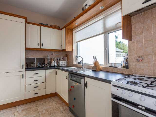 Spacious 2-bedroom house for rent in Clontarf, Dublin