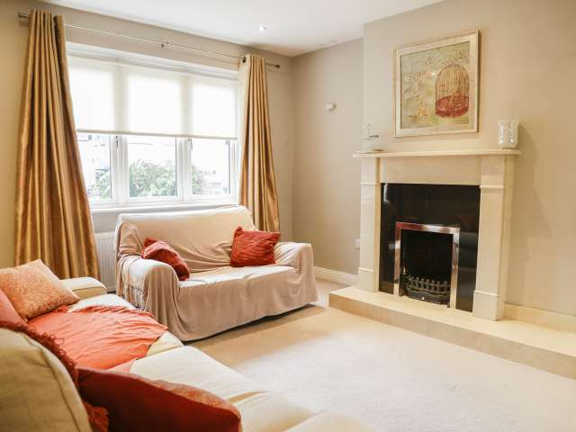 3-bedroom flat for rent in Tallaght, Dublin
