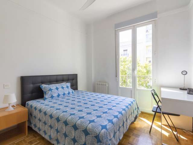 Room in 4-bedroom apartment in Almagro & Trafalgar, Madrid