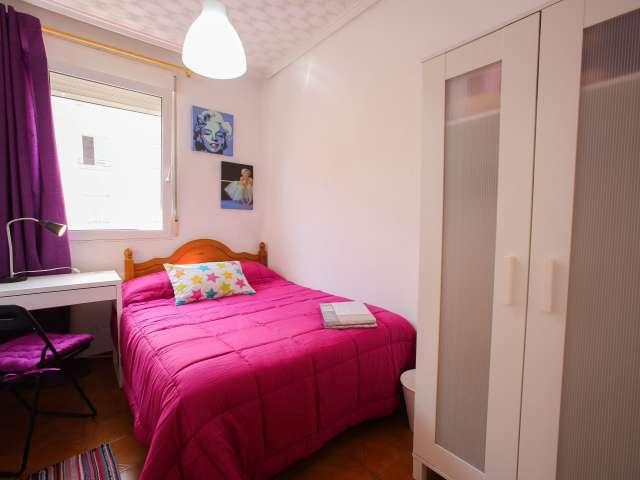 Se alquila habitación en piso de 3 dormitorios en La Saïdia, Valencia