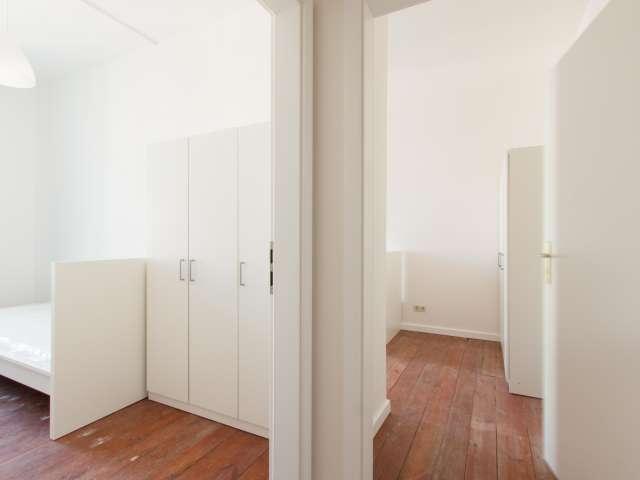 Gepflegtes Zimmer zur Miete in 4-Zimmer-Wohnung, Prenzlauer Berg