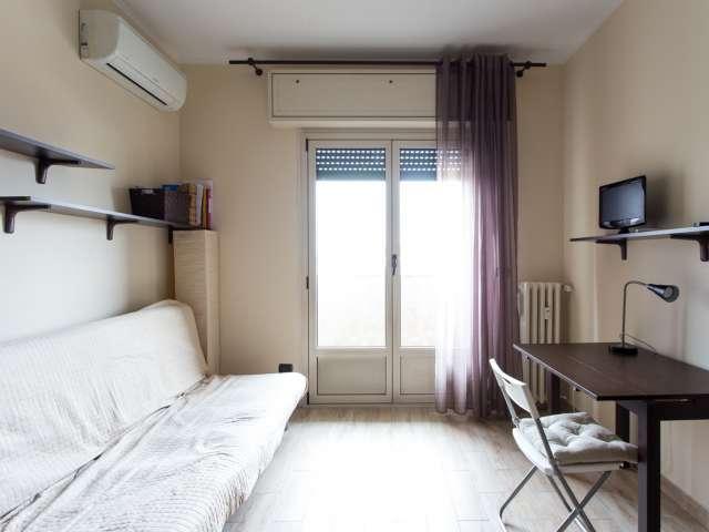 Studio apartment to rent in Navigli