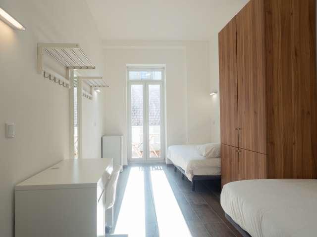 Quarto para alugar em residência no Campo Pequeno, Lisboa