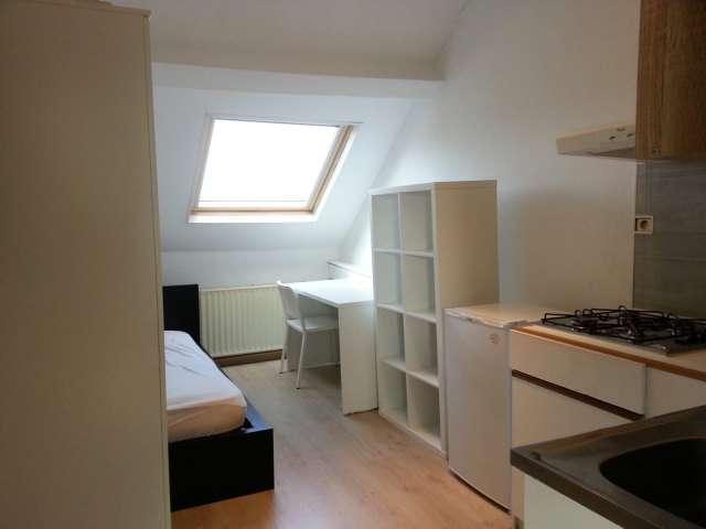 Rooms for rent in 3-bedroom apartment in Anderlecht, Belgium