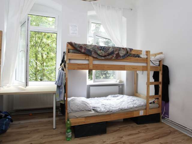 Schönes Mehrbettzimmer in der Ferienwohnung in Treptow-Köpenick