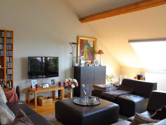Room in 3-bedroom apartment in Ganshoren, Brussels