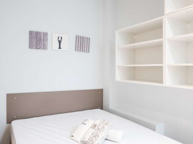 Gemütliches Zimmer in 3-Zimmer-Wohnung in Almagro & Trafalgar