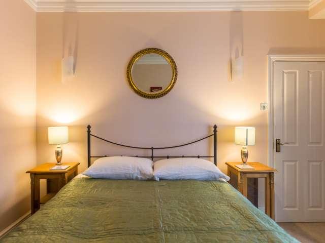 Camera in affitto in un appartamento con 3 camere da letto a Londra