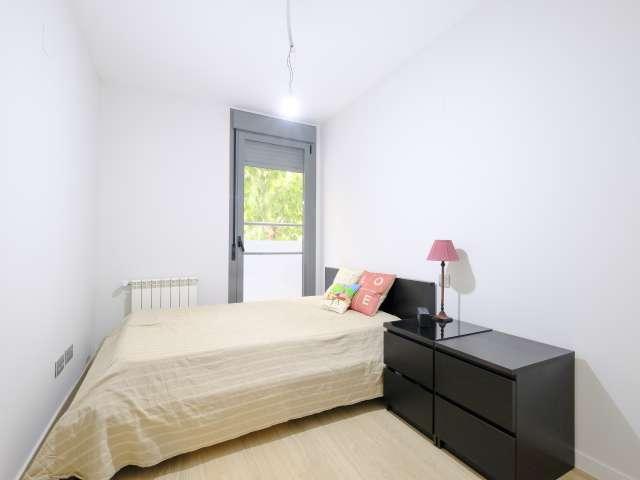 Sonniges Zimmer in 3-Zimmer-Wohnung in La Latina, Madrid