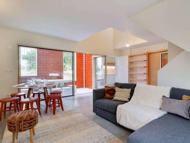 Apartamento de 4 quartos para alugar em Carnide, Lisboa